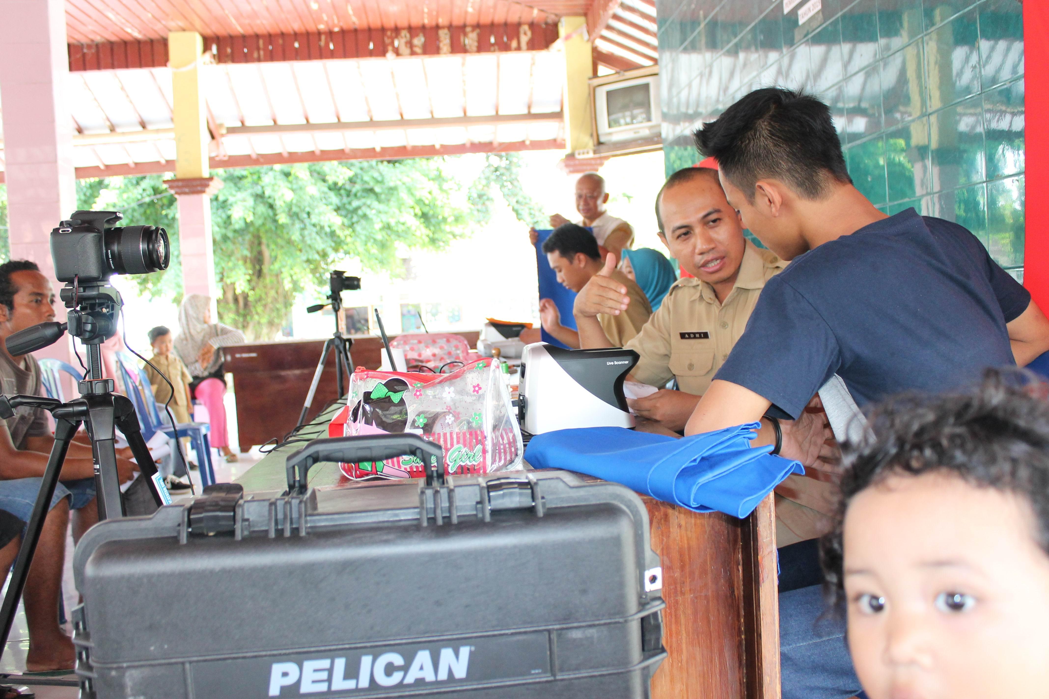 Perekaman KTP-Elektronik di Desa Krai Kecamatan Yosowilangun