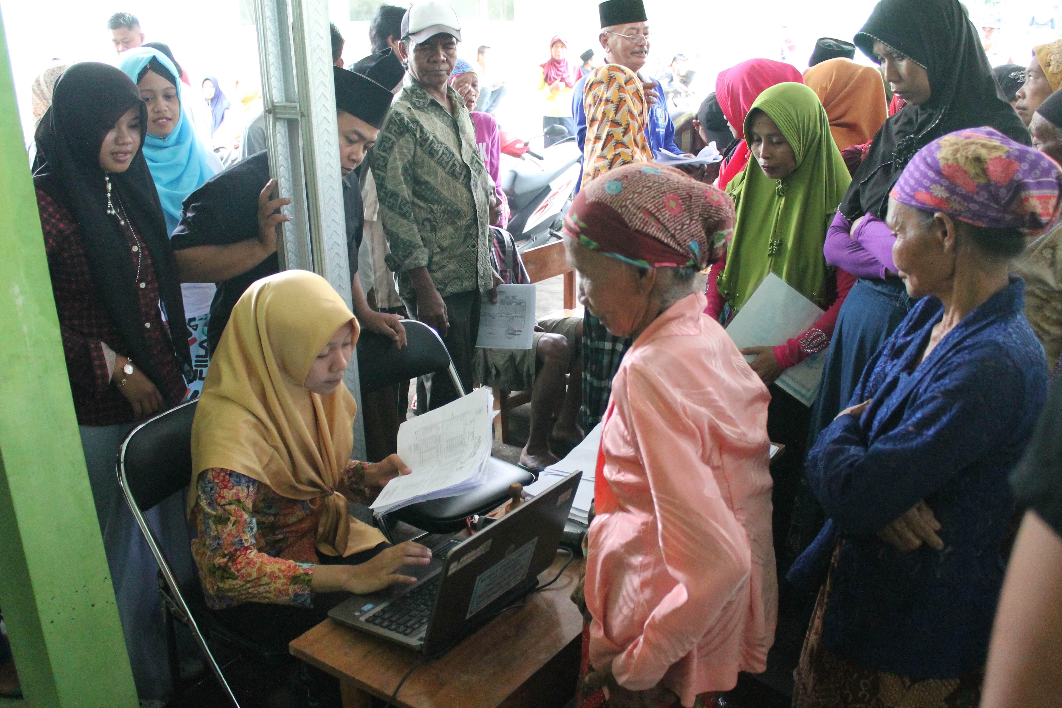 Roadshow Pelayanan Adminduk Hari Ke-8 : Desa Penawungan dan Desa Sumberpetung Kec. Ranuyoso