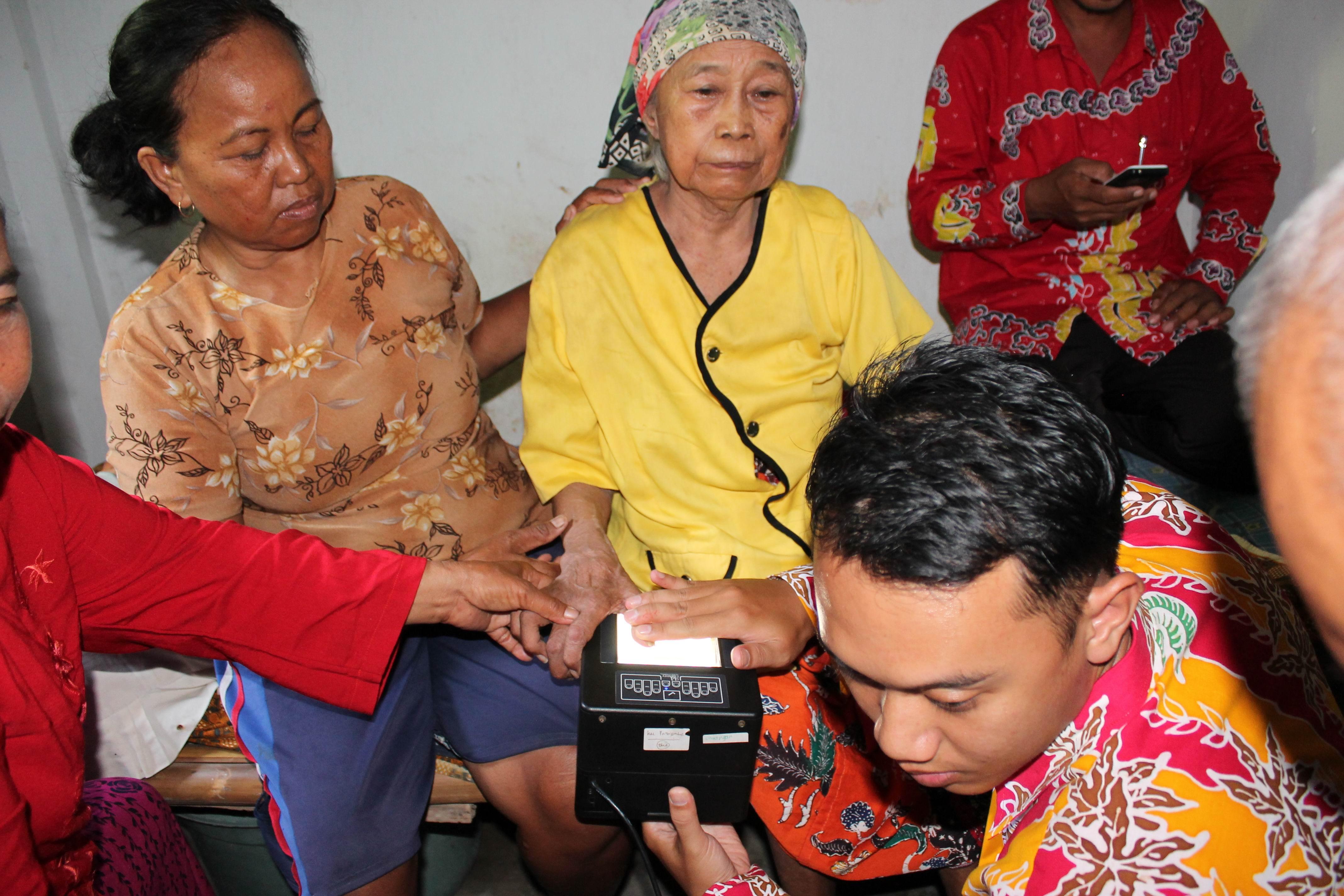 Perekaman KTP-Elektronik di Desa Kraton Kecamatan Yosowilangun