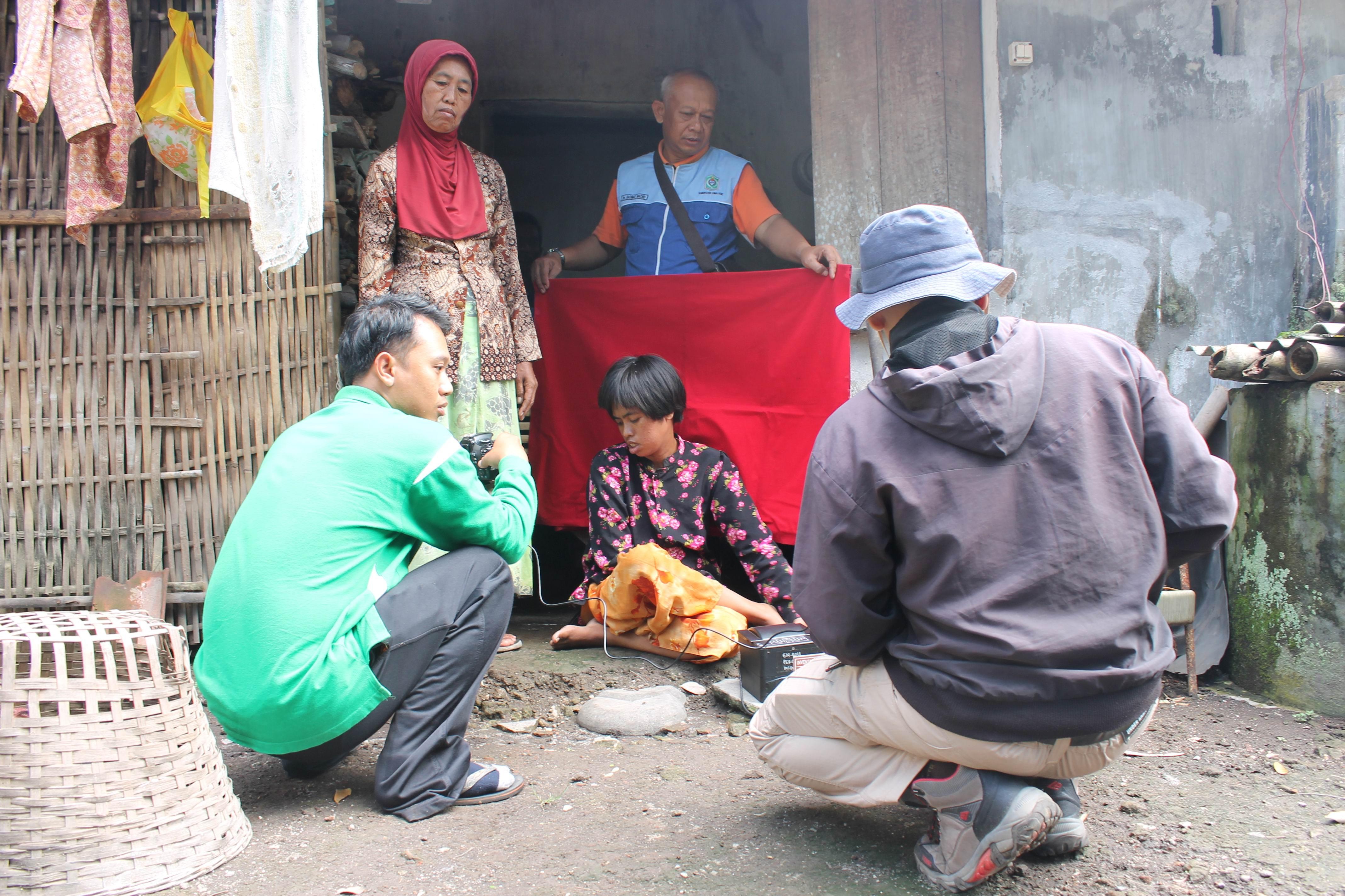 Perekaman KTP-Elektronik di Desa Karangbendo dan Desa Mojosari